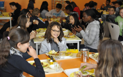 Cantines scolaires: tapis rouge aux multinationales agro-alimentaires?