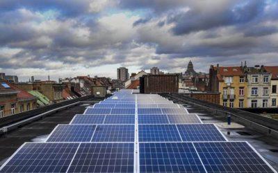 Sint-Gillis schakelt een versnelling hoger en wil extra zonnepanelen op 11  gemeentelijke daken